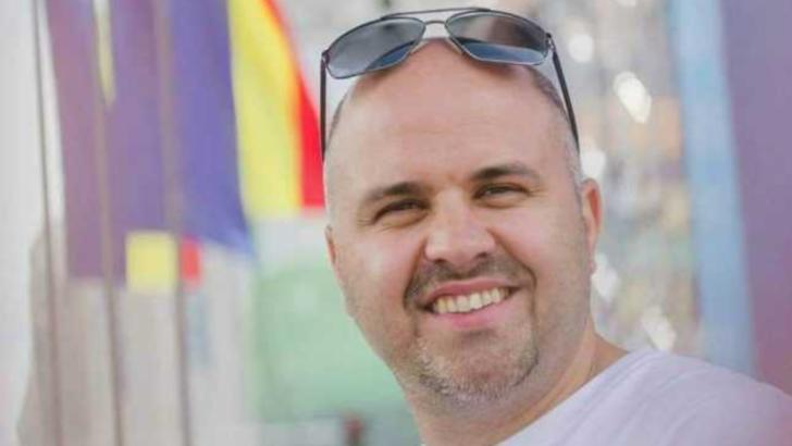 100% TU DECIZI! Emanuel Ungureanu, deputatul denunțător de serviciu. Fost brancardier, se vrea ministrul Sănătății
