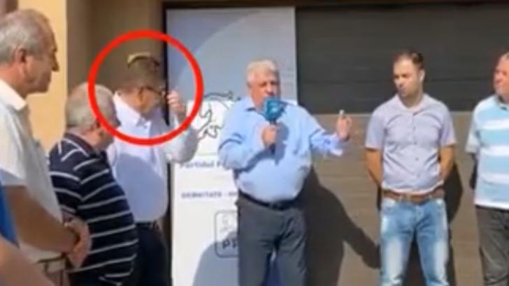 VIDEO Scenă teribilă, un candidat la șefia CJ Dolj a murit în timpul unei întâlniri electorale