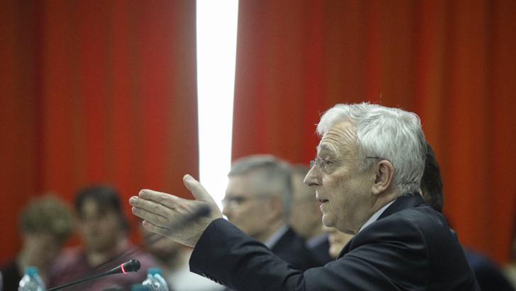 Începe procesul lui Mugur Isărescu. Guvernatorul BNR, acuzat că a colaborat cu Securitatea  / Foto: Inquam Photos, Octav Ganea
