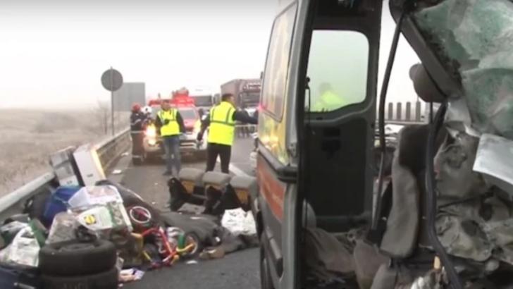 Tragedie în Germania, 4 români morți într-un accident de microbuz