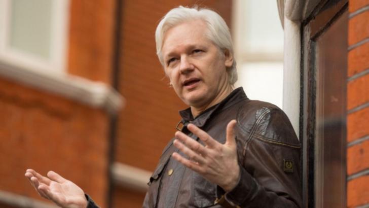 Iubita lui Julian Assange îi cere președintelui Biden să RENUNȚE la acuzațiile împotriva fondatorului Wikileaks