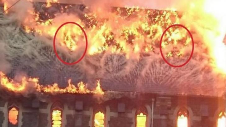 Fotografiile terifiante care au încins internetul. Ce au văzut în flăcările care au cuprins biserica