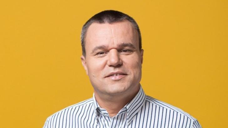 """Liderii politici au votat la prima oră. Eugen Pîrvulescu: """"Am votat cu gândul la copiii și bunicii județului Teleorman"""""""