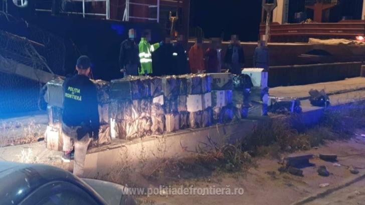 Contrabandiști de țigări opriți cu focuri de armă în Portul Constanța