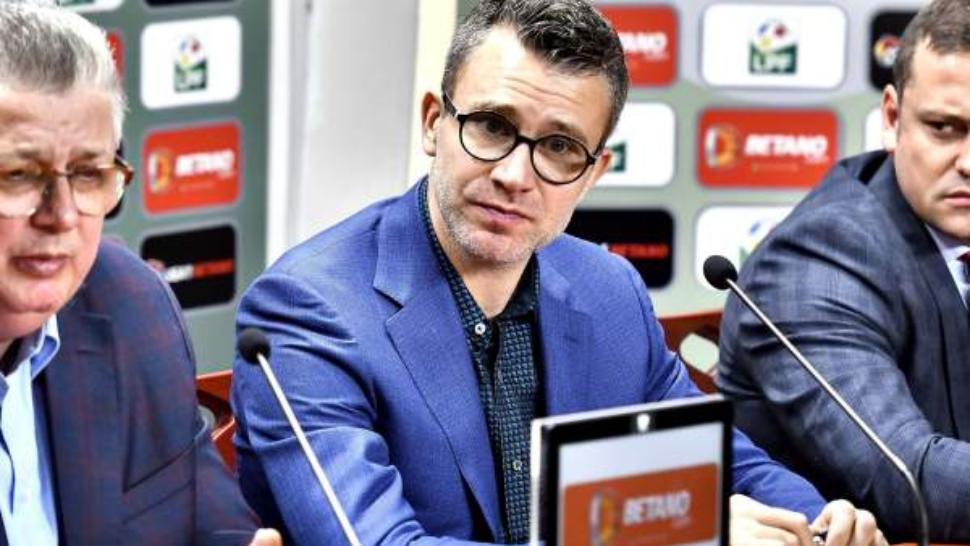 Football – DINAMO BUCHAREST Vs. ASTRA GIURGIU Editorial ...  |Dinamo- Astra