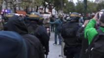 Proteste Franta dupa restrictiile din cauza COVID-19