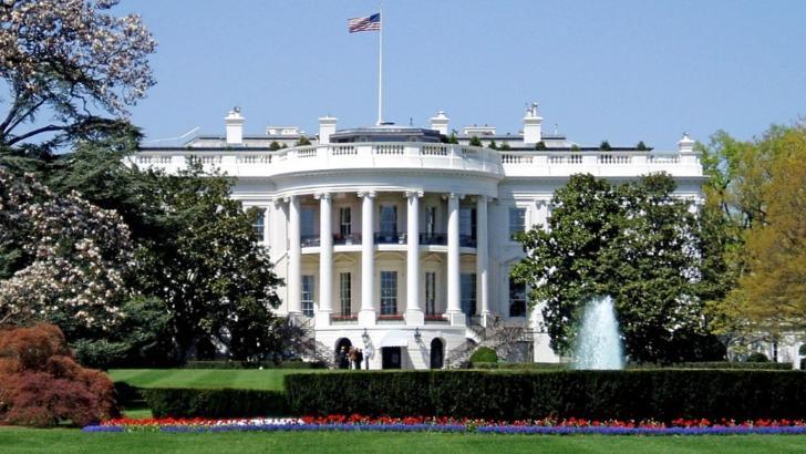 COVID-19 lovește Casa Albă: Bill Stepien, managerul de campanie al preşedintelui Trump, confirmat pozitiv