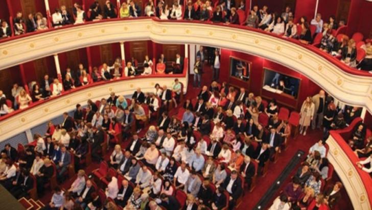 Un caz de COVID-19 la Teatrul Naţional Cluj-Napoca. Activitate teatrului, suspendată