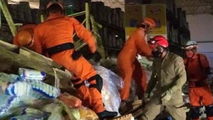 Accident tragic într-un supermarket din Brazilia: O angajată a murit sub rafturile care s-au prăbușit peste ea