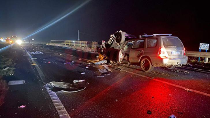 FOTO Accident înfiorător în județul Vaslui, s-a activat planul roșu. Doi oameni au murit, alți patru sunt răniți