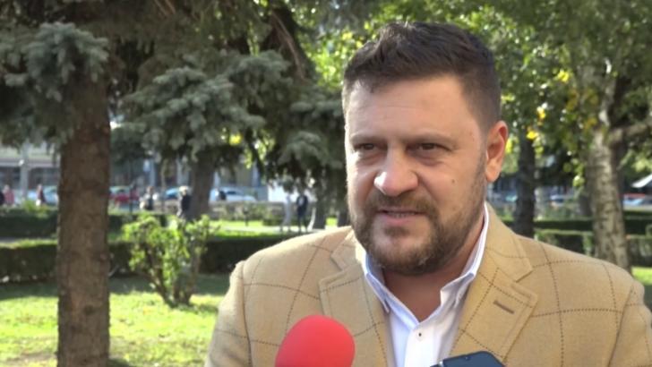 """VIDEO Cine este Alex Iacobescu, omul de incredere al lui Sebastain Ghita, cel caruia i-a """"imprumutat"""" 100 de milioane de dolari (sursa foto: mediafax.ro)"""