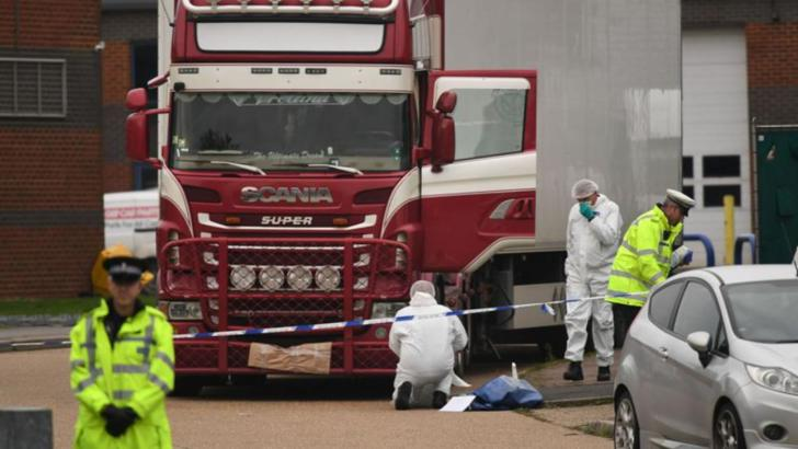 """""""Camionul groazei"""" din Essex, UK, cu cei 39 de vietnamezi morți înghețați, 23 octombrie 2019"""