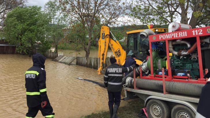 Alertă de inundaţii: râuri din 17 judeţe, sub cod GALBEN / Foto: Arhivă