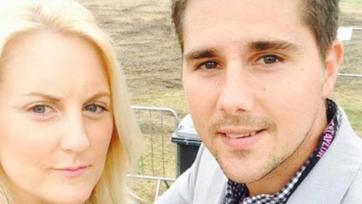 Soțul i-a murit imediat după nuntă. Când s-a uitat la poze, văduva a descoperit un detaliu tulburător