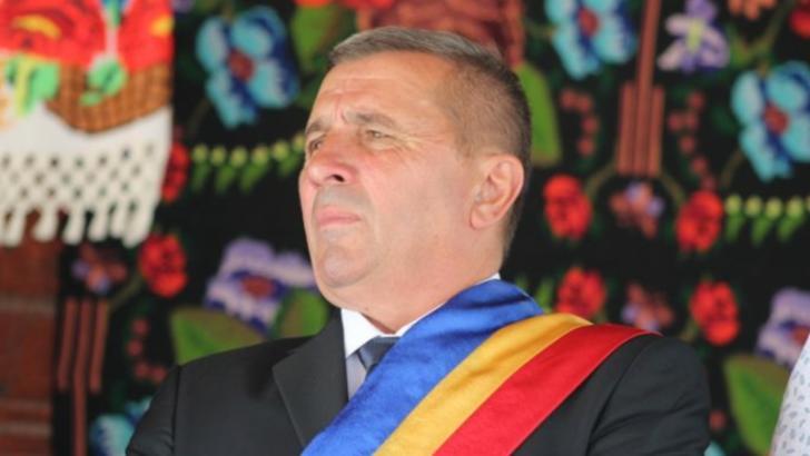 Primarul Ioan Mate, reales în comuna Sânmihaiu de Câmpie, jud. Bistrița, acuzat de agresiune fizică