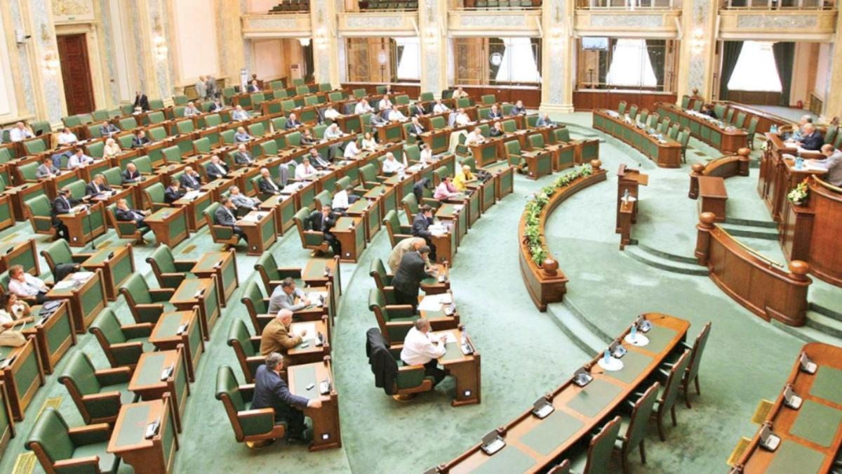 Senat: Hotărârea judecătorească trebuie să fie motivată la data pronunţării