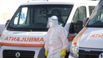 Medic român, semnal de alarmă: Sunt 3 surse principale de infectare cu COVID-19. O să ajungem să tratam oamenii în ambulanță, din lipsa locurilor / Foto: Inquam Photos, Octav Ganea