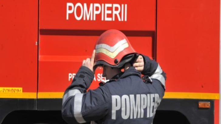 Bărbat găsit mort în casă!  Pompierii au spart ușa