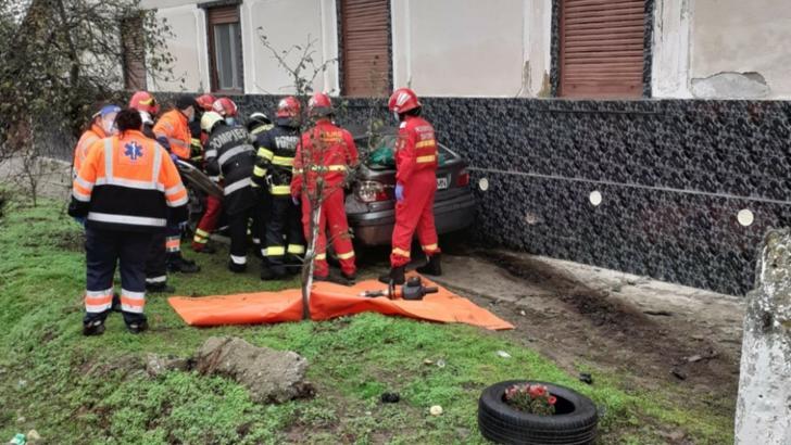 Accident grav în județul Timiș: Gravidă transportată de urgență la spital cu un elicopter SMURD