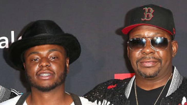 Bobby Brown Jr (stânga), alături de tatăl său, cântărețul Bobby Brown