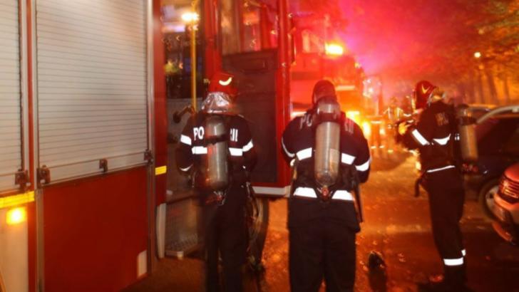 Incendiu într-un bloc din Câmpina