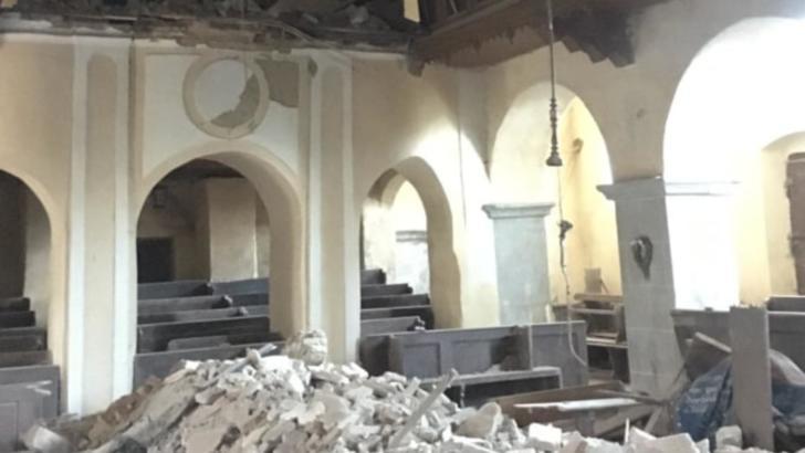 Biserica evanghelică fortificată din Alțâna (Alzen), județul Sibiu, înainte de prăbușirea tavanului la 4 noiembrie 2020 Foto: Facebook.com