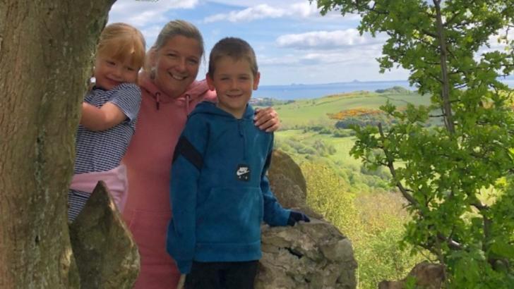 Permisiune pentru ULTIMA vacanță. Povestea incredibilă a unei femei bolnave de cancer din Regatul Unit
