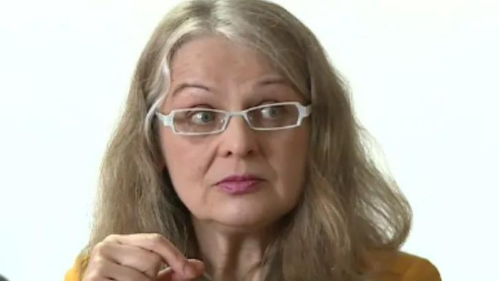 """100% TU DECIZI! Gabriela Crețu, senatoarea """"Femei din toate limbile, uniți-vă!"""""""