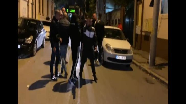 Dosar penal după arestarea lui Adrian Mititelu: doi jurnalişti loviţi de oamenii patronului de la Universitatea Craiova