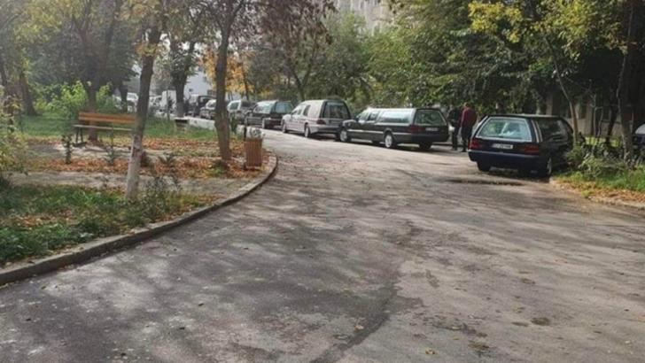 Imagine cumplită. Coadă de dricuri la morga unui spital COVID19 din țară sursa: https://www.reddit.com/user/whoislucian/