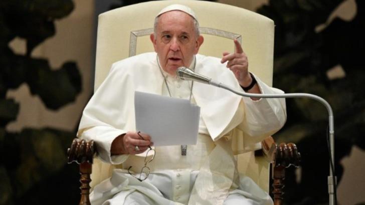 Papa Francisc, decizie istorică: Episcopii și cardinalii, protejați până acum, vor putea fi judecați de Tribunalul penal de la Vatican