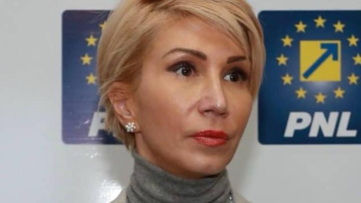 """Vicepremierul Raluca Turcan: """"Efectele noilor măsuri de combatere a pandemiei se vor vedea în două săptămâni"""""""