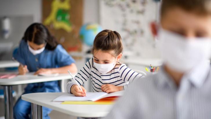 Scolile din Spania functioneaza fara probleme majore, in conditiile in care pandemia a facut ravagii pana acum