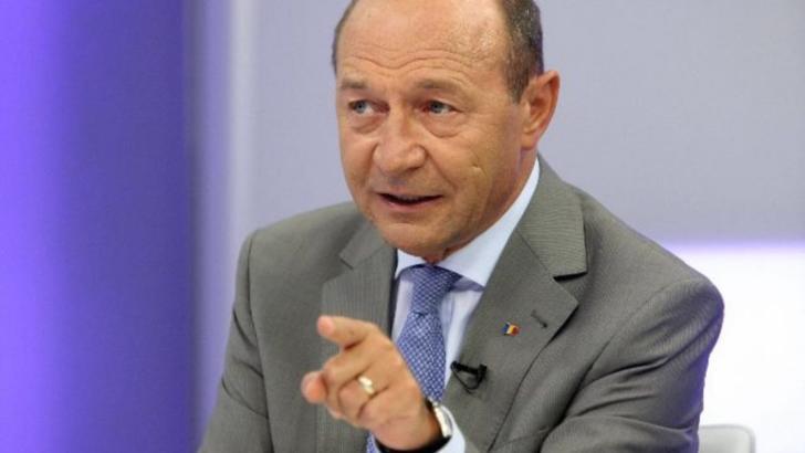 Băsescu la Realitatea Plus: Demisiile legate de pensiile speciale sunt culmea lichelismului politic, USR face ca maimuța după PSD