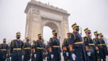 Incident la ceremonia de Ziua Națională: două persoane au încercat să forțeze filtrul jandarmilor
