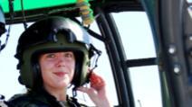 Ana Simona Tătulescu, pilot pe F-16, instructor pe elicopter Foto: Facebook.com/ForteleAerieneRomane