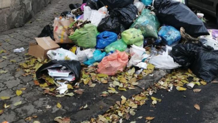 Orașe sufocate de gunoaie în toată țara! Romprest, implicată în mai multe scandaluri. Care este motivul rezilierii contractelor