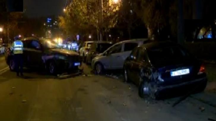 Accident in lant, joi seara, in Capitala: 8 autoturisme implicate, inclusiv un autobuz