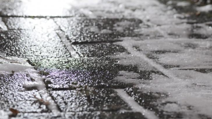 Cod galben de vânt, burniță sau ploaie în 8 județe