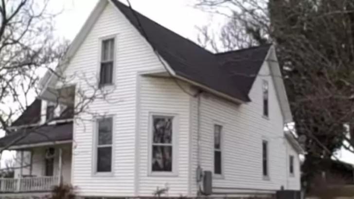 """A moştenit o casă plină ochi de vechituri. Ce a găsit în casă e UIMITOR: """"Erau peste tot"""" - e bogat!"""