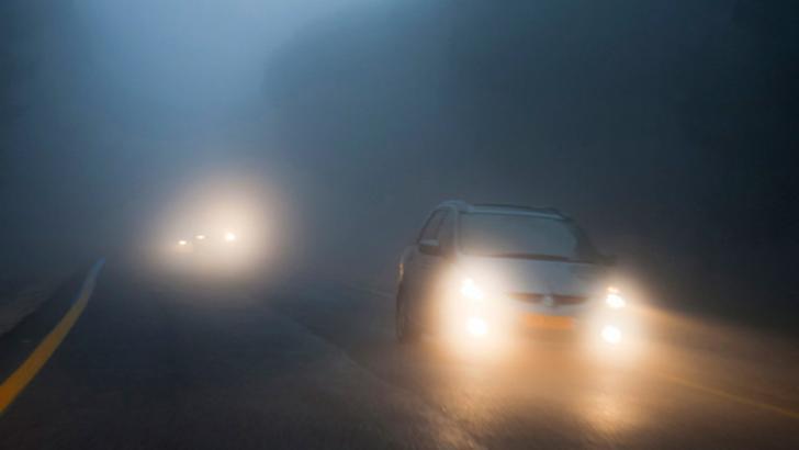 Ceața creează probleme șoferilor în mai multe zone ale țării