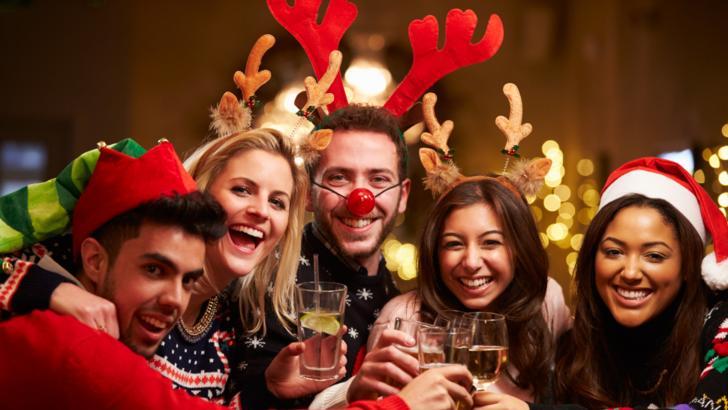 """Un îndemn de pandemie de la premier: """"Să petreceți un Crăciun mic, dar fericit!"""""""