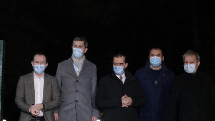 Liderii coaliției PNL-USR PLUS-UDMR. Foto: Inquam/Octav Ganea