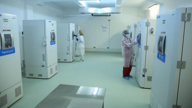 FOTO |  Cum arată centrul în care vor fi depozitate vaccinurile anti-Covid-19 la minus 80 de grade Celsius