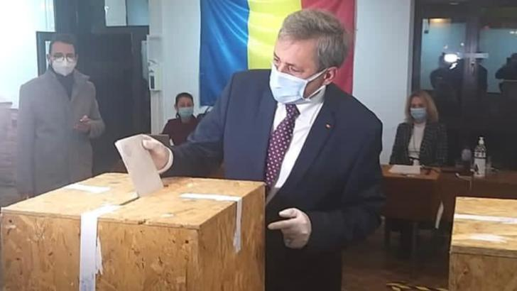 """Alegeri parlamentare 2020. Marcel Vela a votat """"pentru o lume mai buna"""""""