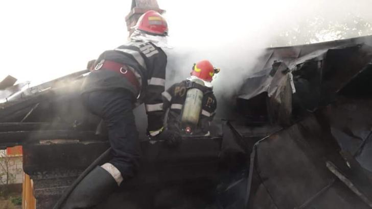 Incendiu la un centru de vaccinare anti Covid din Brașov! O priză a luat foc