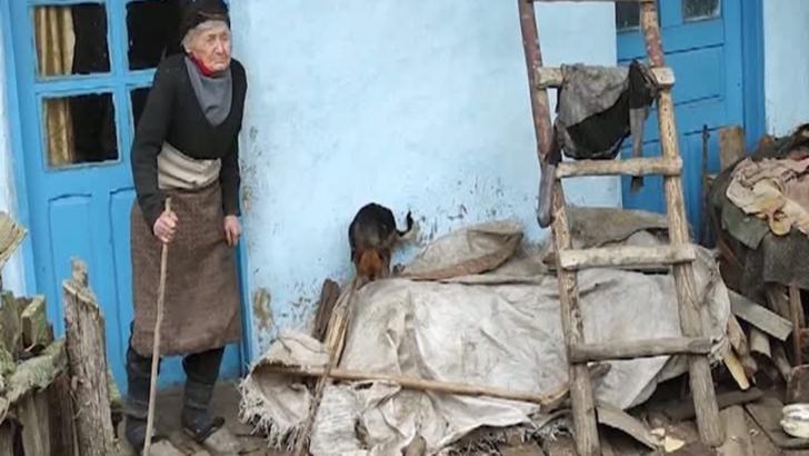 Crăciunul bătrânilor uitați în sate pustii: tanti Gherghina