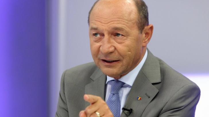 """Traian Băsescu îi ia apărarea fostului manager de la """"Matei Balș"""""""