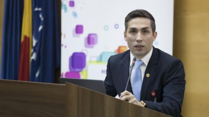 """Coordonatorul campaniei naționale de vaccinare anti-COVID-19 - Valeriu Gheorghiță: """"Deschiderea şcolilor nu este condiţionată de vaccinare"""""""