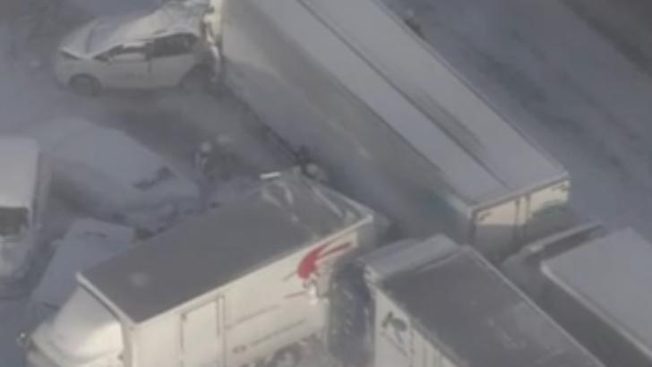 Accident în lanț cu peste 130 de mașini implicate, în nord-estul Japoniei. Un mort și zece răniți, dintre care doi în stare GRAVĂ